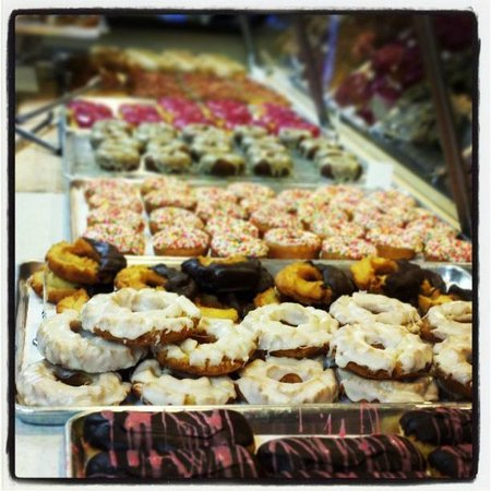Donut Bar: Yummy