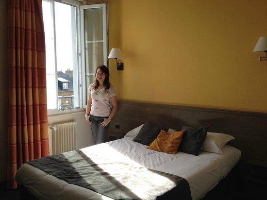 Brit Hotel Le Surcouf: Standard room
