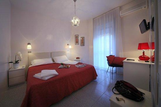 Camera Matrimoniale A Brescia.Camera Matrimoniale Picture Of Cristallo Hotel Brescia Brescia