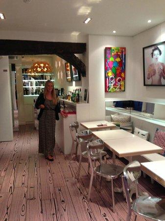 Hotel Georgette : lobby / honour bar / breakfast area