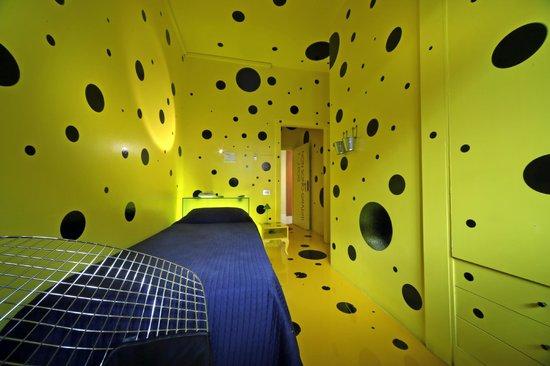 Cristallo Hotel Brescia: camera singola design