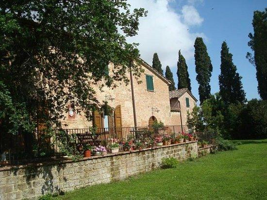 Al giardino degli etruschi updated 2017 prices b b reviews chiusi italy tuscany - Il giardino degli etruschi ...