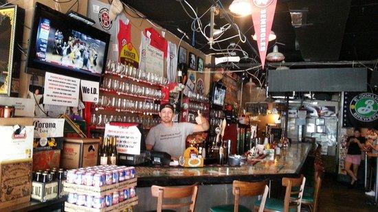 The Filling Station: bar