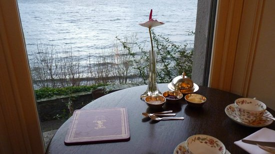 Sharrow Bay: Lake view from dining room
