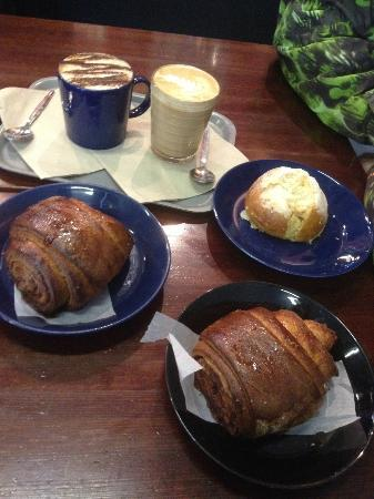 Nordic Bakery : Beautiful buns and coffee