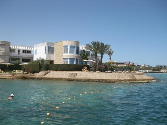 Hurghada SeaGull Beach Resort: на пляже. пирс