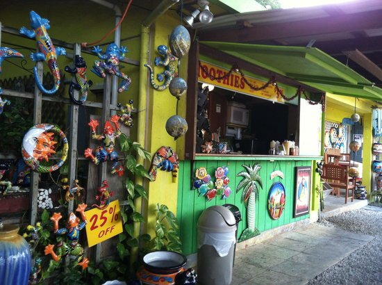 The Key Lime Cafe: The funky Key Lime Cafe snack shack