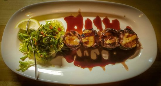 Norwoods Restaurant and Wine Shop: Mouth Watering Scallop Appetizer