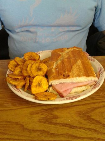 Abuelo's Cafe: The Cuban with plantain chips