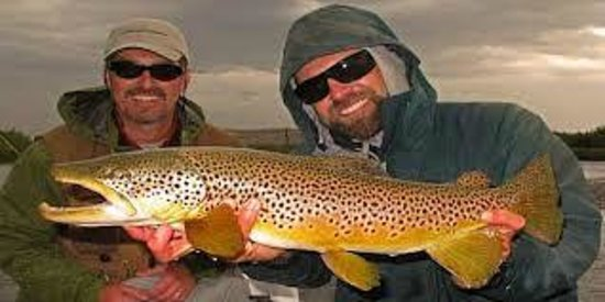 Bozeman Backpacker Hotel / Hostel: World Class Fishing Nearby