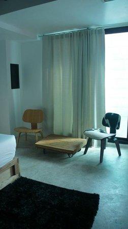 ELLA Bed: Habitación