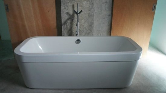 ELLA Bed: Baño