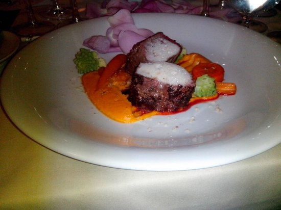 Flowers Restaurant: Grilled venison