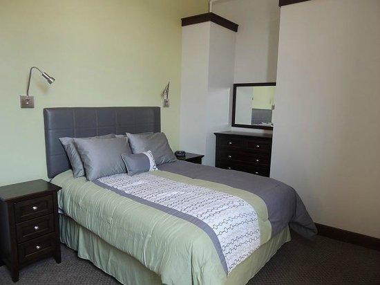 Teerman Lofts: The Superior-Bedroom