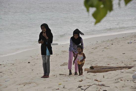 Villa Stella: Rinbohoo, Bambini che giocano