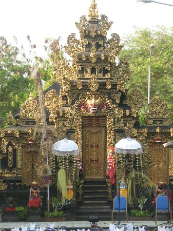 Bali Tropic Resort and Spa: На территории отеля
