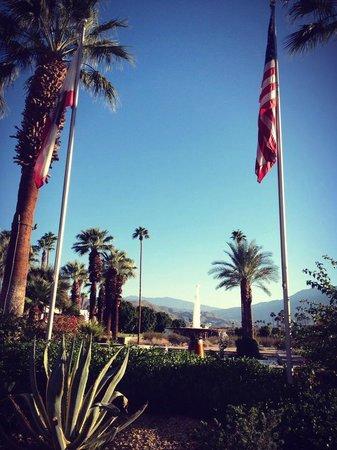 Renaissance Palm Springs Hotel: Entrance