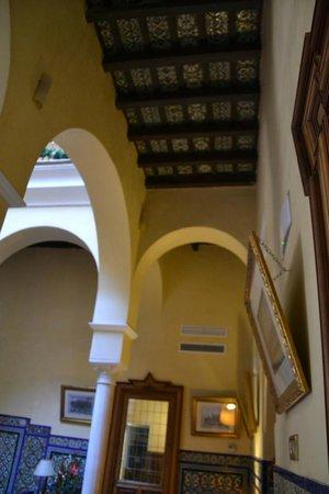 Las Casas de la Juderia : Entrance patio