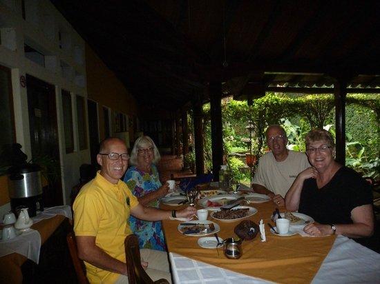 Posada Fuente Castalia: Breakfast area