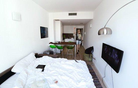 Hotel Balmes: одна из комнат