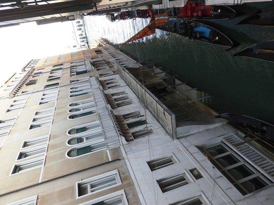 Hotel Violino d'Oro : photo vue chambre
