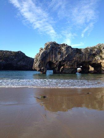 Apartamentos rurales La Canalina: Playa Cuevas del Mar