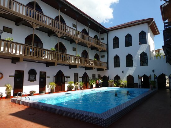 Tembo House  Hotel & Apartments: vue depuis la mer