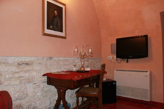 Grana Barocco Art Hotel & Spa: Soggiorno, vista da divano