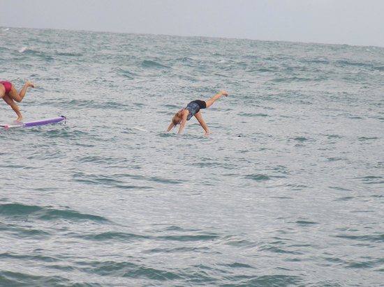 Yoga 4 SUP: Look at the waves! : )