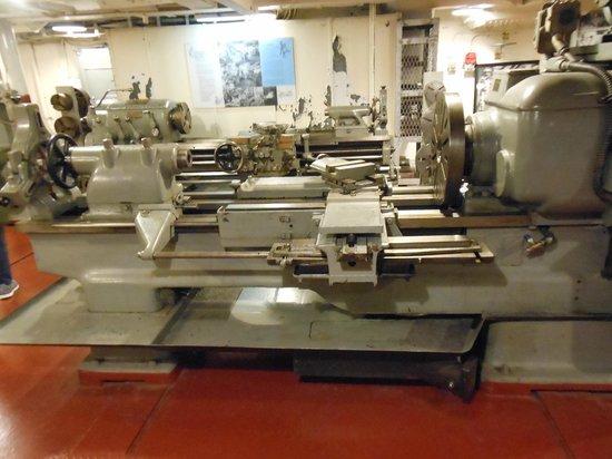 Battleship NORTH CAROLINA: Machine shop