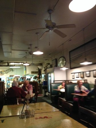 T.W. Graham & Company Seafood Restaurant: Interior nothing fancy