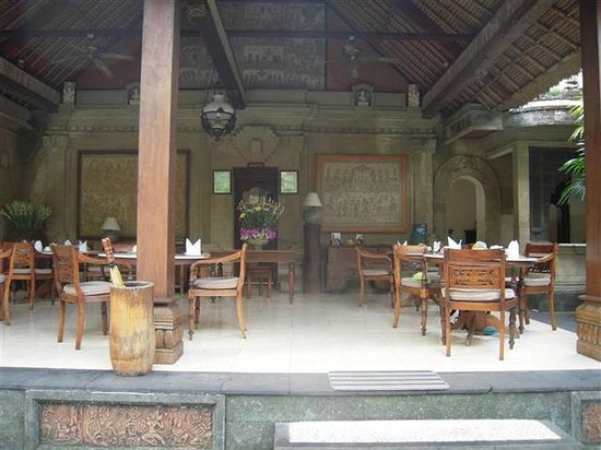 Alam Indah: Breakfast/dining area