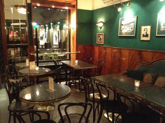 Nowy Swiat: Blikle Cafe..hermoso