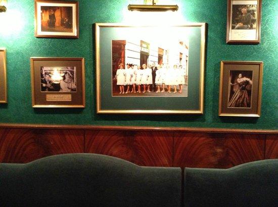 Nowy Swiat: Blikle Cafe
