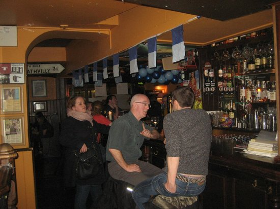 Doyle's Pub: Between the two