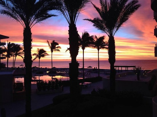 Barcelo Gran Faro Los Cabos: Spectacular Sunrises from our Room