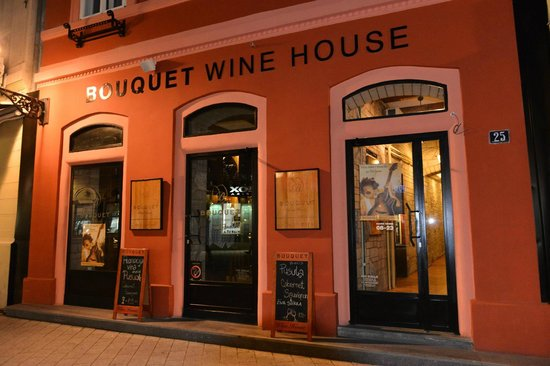 Bouquet Wine House