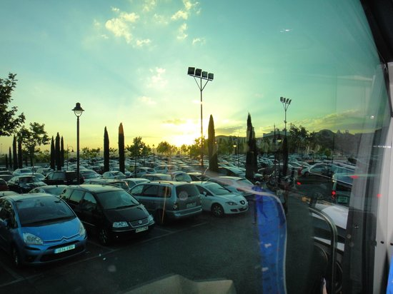 Las Rozas Village: Estacionamento do Outlet