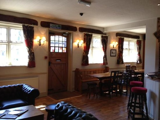 Half Moon Inn: Bar