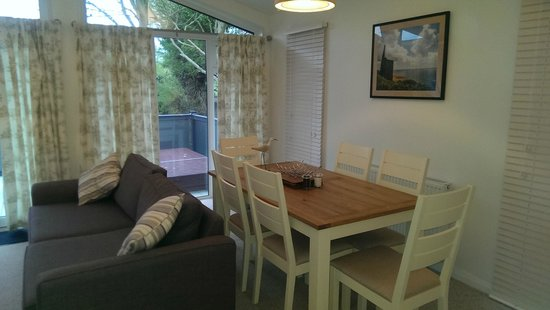 Mullion Cove Lodge Park: Lodge lounge