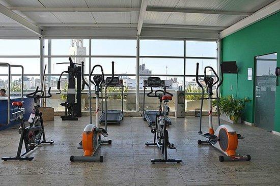 NH Montevideo Columbia : Fitnessraum