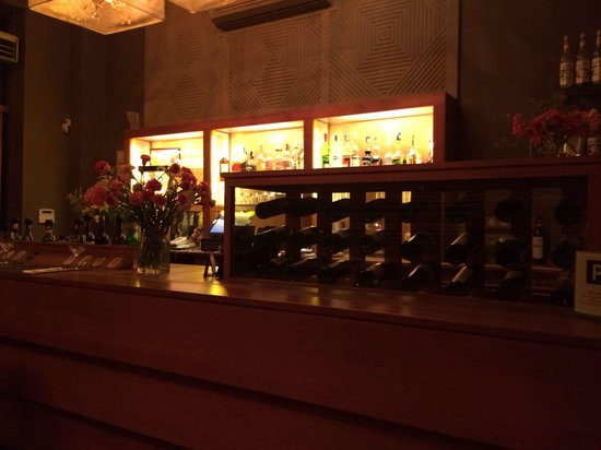 Restaurant Amaia : Well stocked bar!