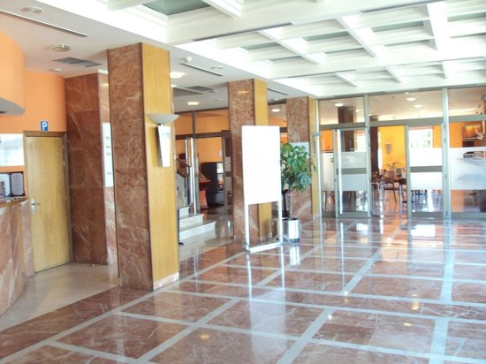 Hotel Ponferrada Plaza: Hall