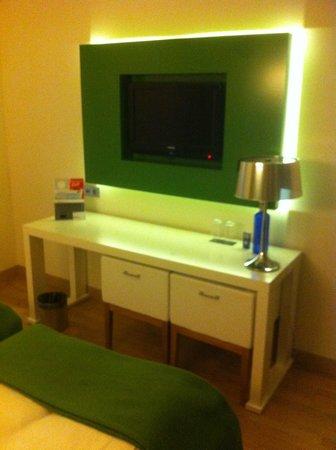 Occidental Praha Five: room