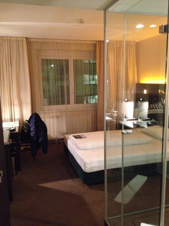 Fleming's Hotel Wien-Westbahnhof: Room 3rd floor