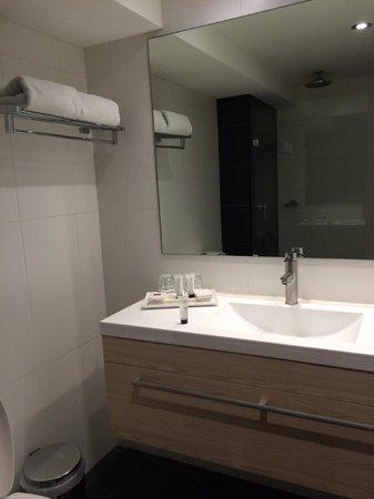 Rendezvous Hotel Sydney Central : sink