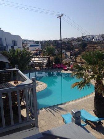 Golden Star Hotel : vista piscina