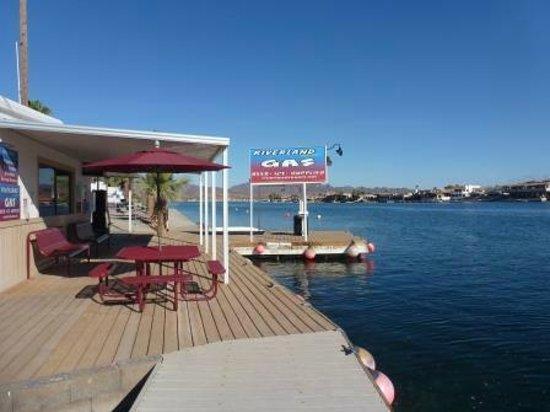 Riverland Resort : Dock