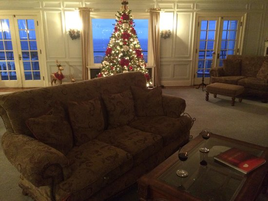Mt. Ada: Christmas decor is awesome! So is this couch in front of the original fireplace!!!