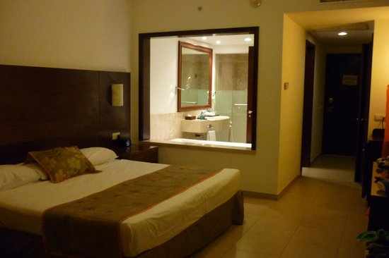 Now Larimar Punta Cana: habitacion